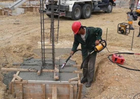 glubinnyy-vibrator-dlya-betona-prodam-donetsk