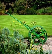 Подстригаем газон как в европейском дворике